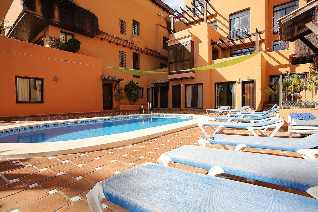 URB HOTEL AGH , Centro Urbano en Estepona Centro en Estepona (Mijas, Málaga)