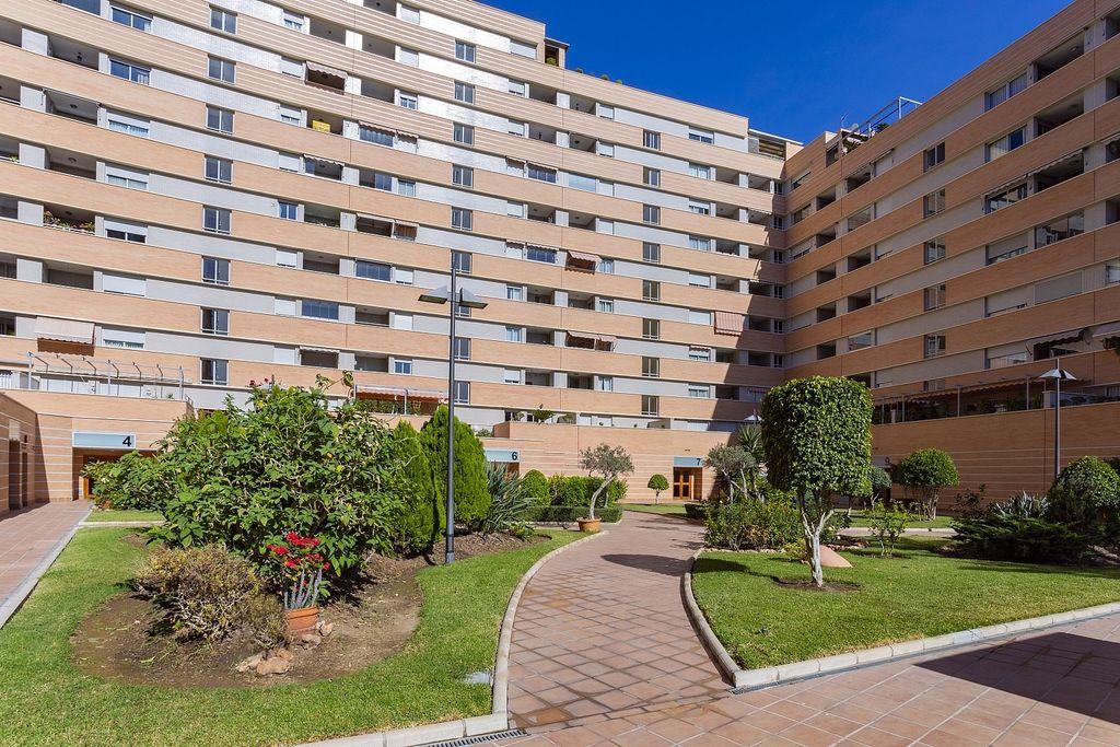 Vialia Corte Ingles, Perchel Sur - Plaza de Toros Vieja en Centro en Málaga (Málaga, Málaga)